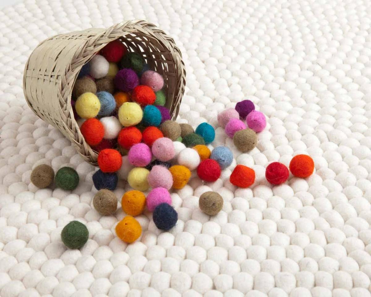 Come arredare casa con i tappeti moderni lavorati a mano - Tappeti Sukhi